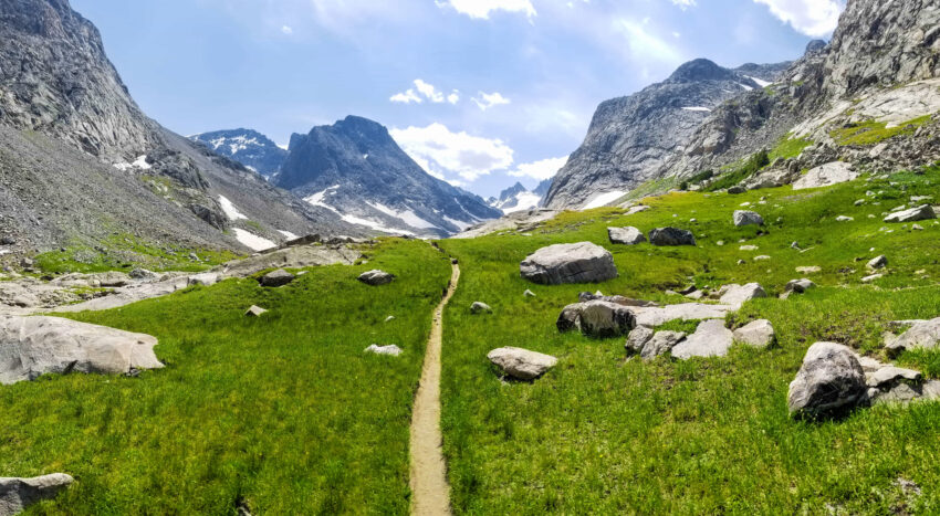 Dinwoody Trail in Wyoming, Wind River Range